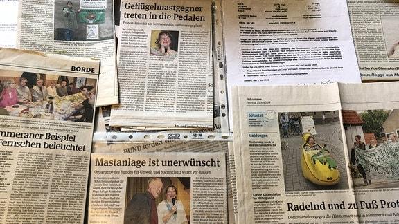 Zeitungsausschnitte der Aktionen gegen die Hähnchenmastanlage Stemmern