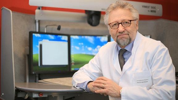 Prof. Dr. Hans-Jochen Heinze, Ärztlicher Direktor des Uniklinikums Magdeburg