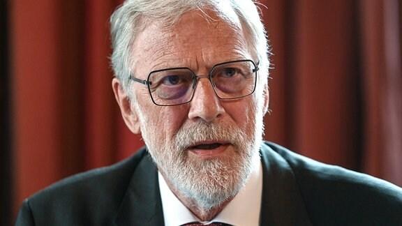 Rainer Robra