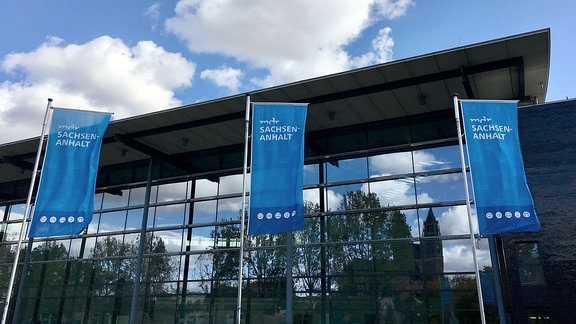 Das MDR-Landesfunkhaus in Magdeburg von außen.