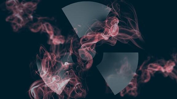 Ein Radioaktiv-Zeichen - Ein Kreis in der Mitte, daran symmetrisch angeordnet, drei abgerundete Trapeze. Das Zeichen ist umgeben von rotem Rauch.