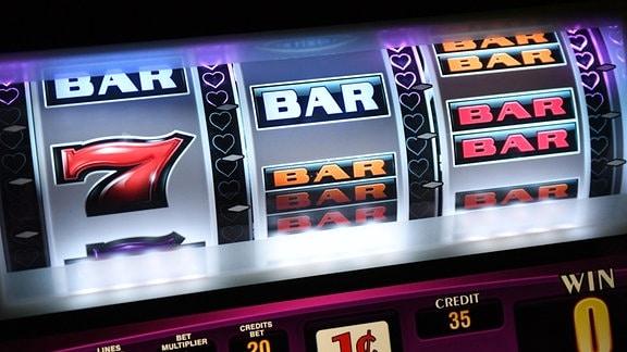 Symbole auf einem Spielautomaten