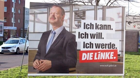 Ein Wahlplakat der Linkspartei zeigt deren Spitzenkandidaten Wulf Gallert