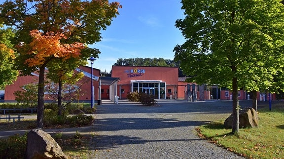Außenansicht der Körse-Therme in Kirschau