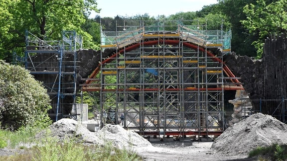 Eingerüstete Rakotz-Brücke