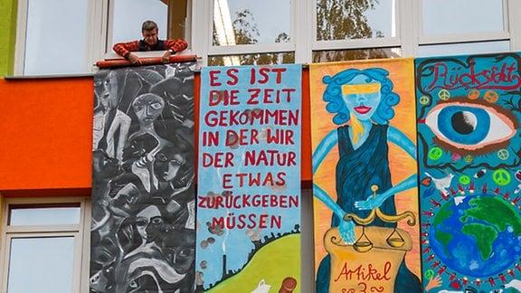Chemnitzer begehen Friedenstag