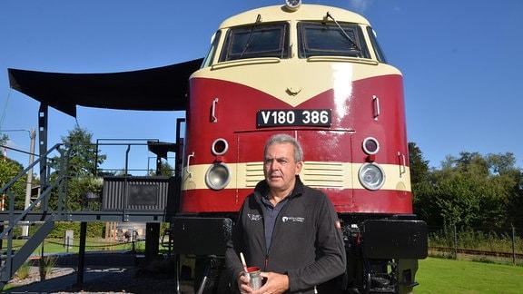 Eine Lokomotive