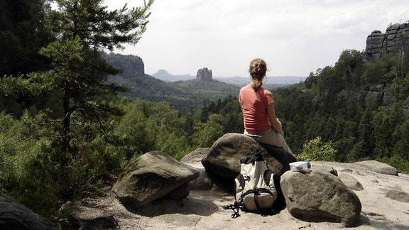 Wanderin in der Sächsischen Schweiz