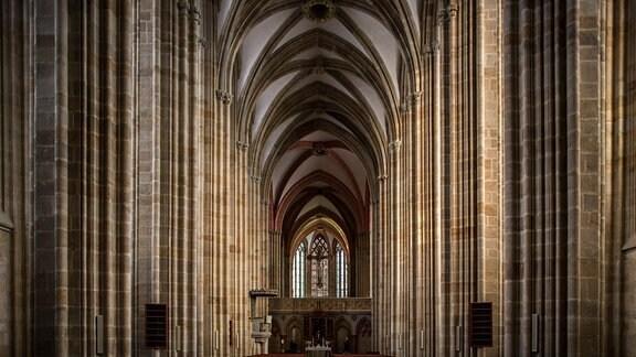 Blick in den Innenraum des Dom von Meißen.