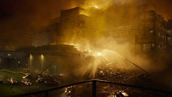 """Ausschnitte aus der HBO-Serie """"Chernobyl""""."""