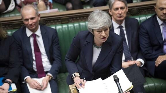 Großbritanniens Premierministerin Theresa May bei Rede im Unterhaus