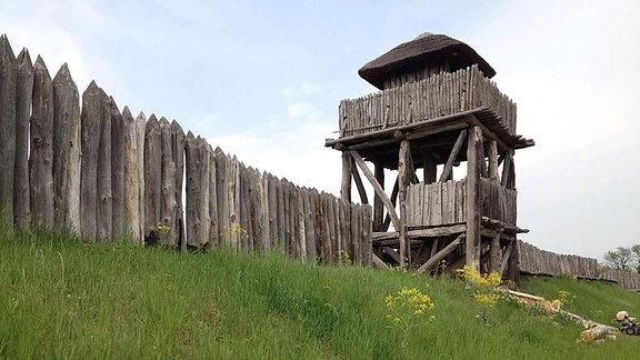 Die Funkenburg, eine germanische Wehranlage in Westgreußen