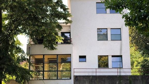 Walter Gropius Bau Haus Auerbach in Jena, Innen wie Außen