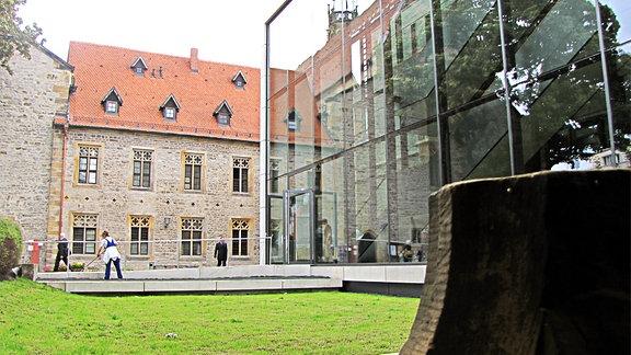 Das Erfurter Augustinerkloster mit der wiedererrichteten Bibliothek