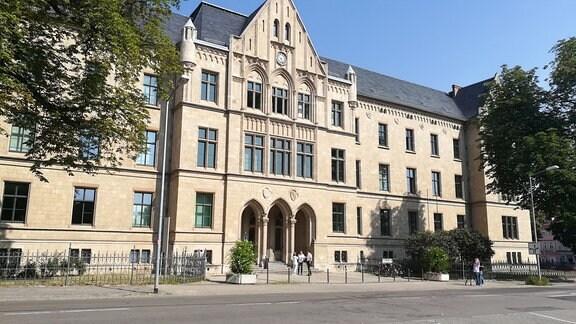 Das Amts- und Landgericht am Domplatz in Erfurt.