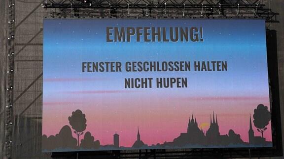 Autokonzert der Band Revolverheld auf der Messe Erfurt