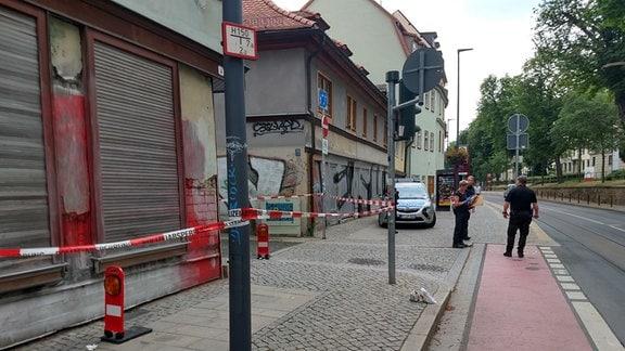 Absperrung der Polizei in der Andreasstraße in Erfurt