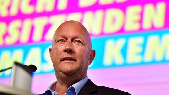 Thomas Kemmerich, FDP-Landesvorsitzender, spricht beim Landesparteitag der Thüringer FDP.