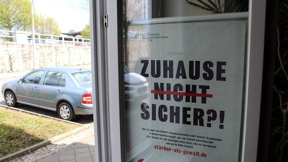 Impressionen aus der Frauenschutzwohnung in Weimar, Kerstin Schaaf (Sozialarbeiterin)