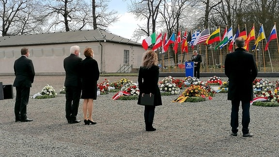 Bundespräsident Frank-Walter Steinmeier auf Appellplatz der Gedenkstätte Buchenwald