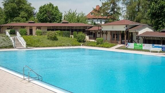 Freibad Bleicherode, Schwimmbecken