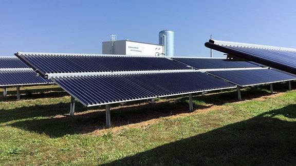 Die Solarthermieanlage am Schadeberg in Mühlhausen.