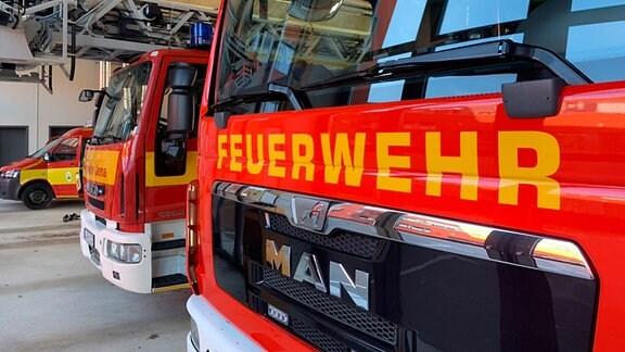 Frontseite eines der Feuerwehrautos