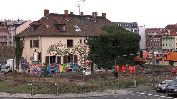 """Das soziokulturelle Zentrum """"Insel"""" auf dem Inselplatz in Jena wird abgerissen"""