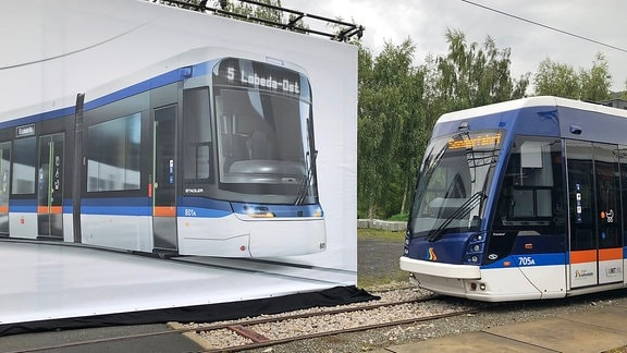 Entwurf einer neuen Stadler-Tramlink-Straßenbahn neben einer Solaris-Tramino-Straßenbahn des Jenaer Nahverkehrs
