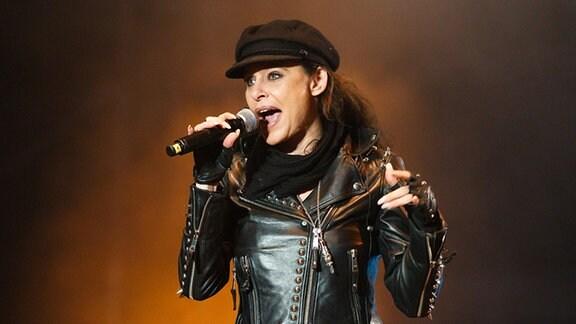 Julia Neigel spielt live bei Rock gegen Rechts