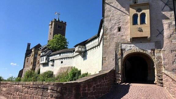 Klassische Burgansicht von der Schanze