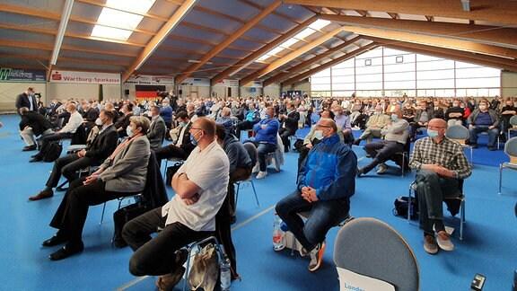 Parteitag der Thüringer AfD in Tennishalle in Ruhla im Wartburgkreis