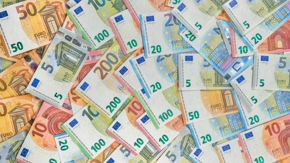 Verschiedene Euroscheine