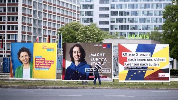 Wahlplakate zur Europawahl von FDP, SPD und CDU in Berlin