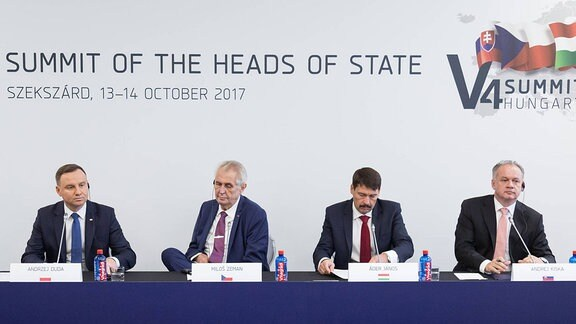 Pressekonferenz nach dem Treffen der Staatsoberhäupter der Länder der Visegrad-Gruppe (V4) in Szekszard, Ungarn.