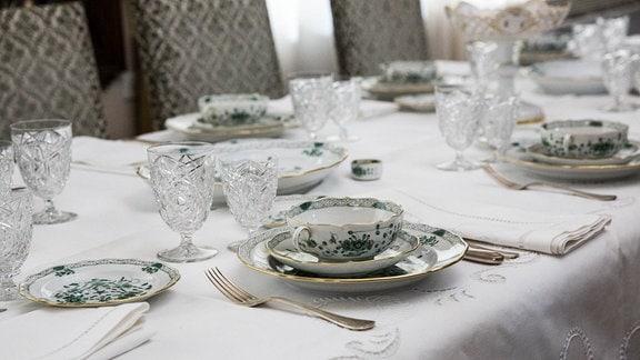 Gedeckter Tisch in Ceausescu-Villa, Bukarest