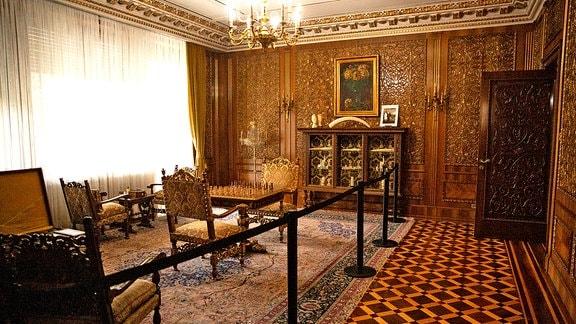 Das Schachzimmer des Diktators Nicolae Ceausescu in seiner Villa in Bukarest, Rumänien.