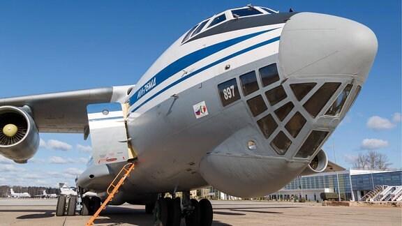 Transportflugzeug Iljuschin Il-76