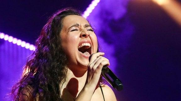 Sängerin Manizha