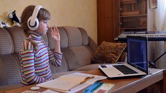 Heimunterricht in der Ukraine