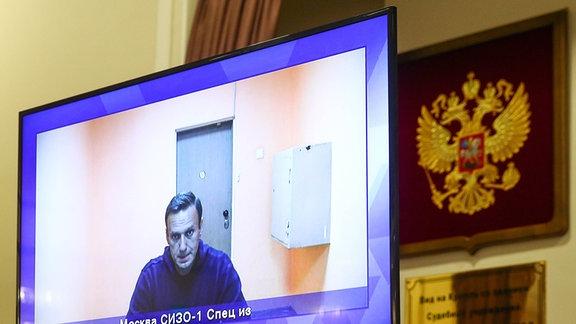 Navalny per Videolink in Gerichtssaal