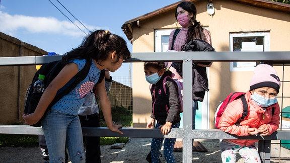 Kinder in der Schule Nr. In Sacele in Siebenbürgen in Rumänien