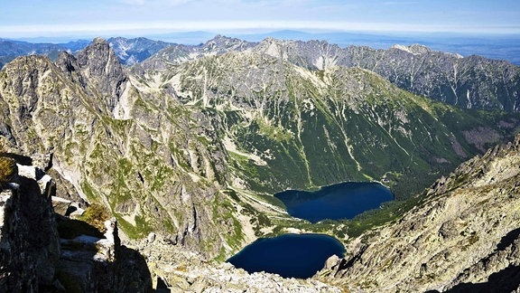 Blick vom Rysy-Gipfel in der Hohen Tatra