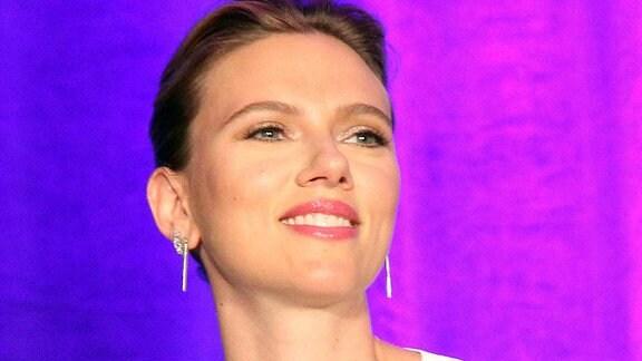 Scarlett Johansson bei der Pressekonferenz zum Film Avengers