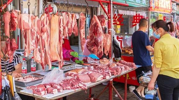 Fleischstand auf einem Markt in Wuhan