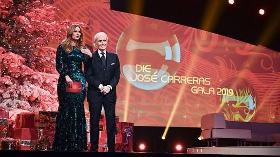 Brisant-Moderatorin Mareile Höppner führte mit dem Startenor José Carreras durch den erfolgreichen Abend um wieder ein eindrucksvolles Zeichen für die Erforschung und Behandlung von Leukämie zu setzen.