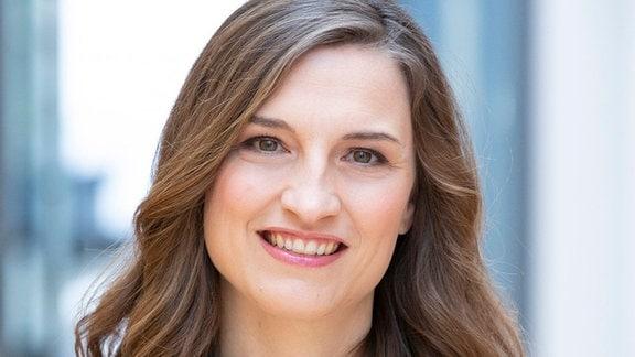 """MITTELDEUTSCHER RUNDFUNK Nadja Storz - Moderatorin Nadja Storz (Moderatorin von """"nah dran"""")"""