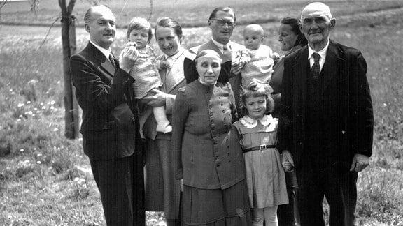 Georg Rentschs Familie in Crostwitz.