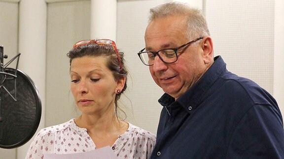 Nele Rosetz (Rolle Annika de Beer) und Hilmar Eichhorn (Rolle Jost Fischer)
