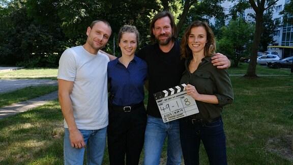 vlnr: Max Riemelt (Rolle: Louis Bürger), Cornelia Gröschel (Rolle: Leonie Winkler), Stephan Lacant (Regie), Karin Hanczewski (Rolle: Karin Gorniak)